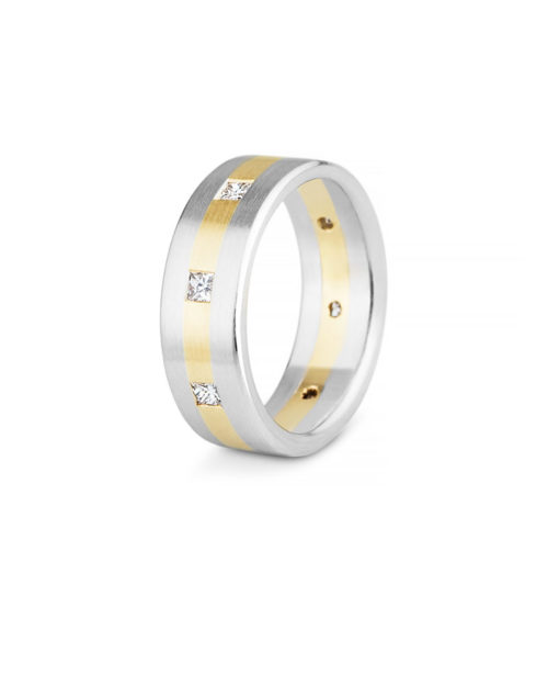 18k Gold / Platinum Diamond Wedding Band